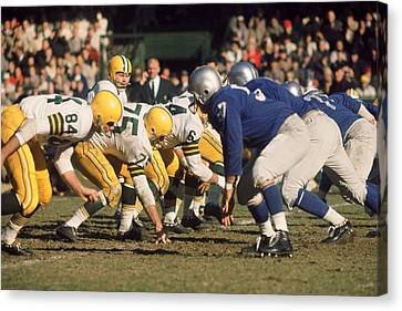 Football Canvas Print - Bart Starr Lines Them Up by Retro Images Archive