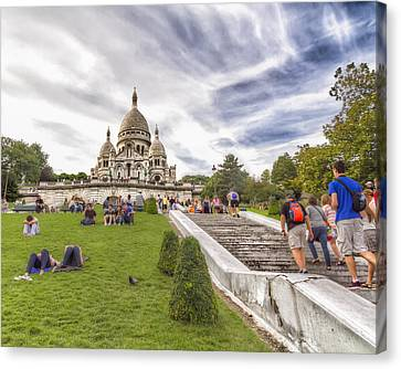 Basilica Of The Sacred Heart Of Paris Canvas Print by Tim Stanley