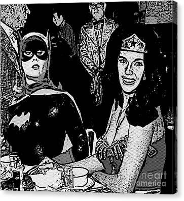 Batgirl Discovers Wonder Woman's Source Of Power Canvas Print by David Caldevilla