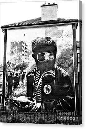 Battle Of The Bogside Mural Canvas Print by Nina Ficur Feenan