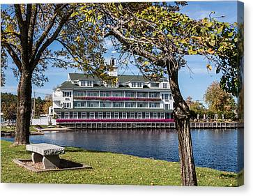 Baypoint Inn At Mill Falls Meredith Nh Canvas Print