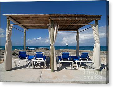 Beach Cabana With Lounge Chairs Canvas Print by Amy Cicconi