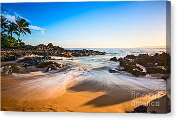 Crisp Canvas Print - Beach Paradise - Beautiful And Secluded Secret Beach In Maui. by Jamie Pham