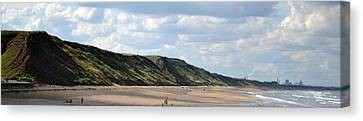 Beach - Saltburn Hills - Uk Canvas Print