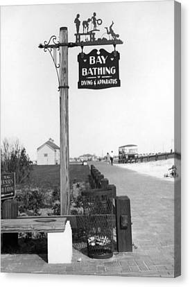 Beach Signs In New York Canvas Print by Underwood Archives