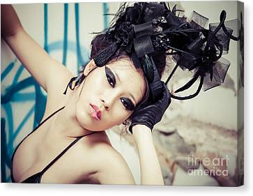 Canvas Print - Beautiful Asian Woman by Fototrav Print