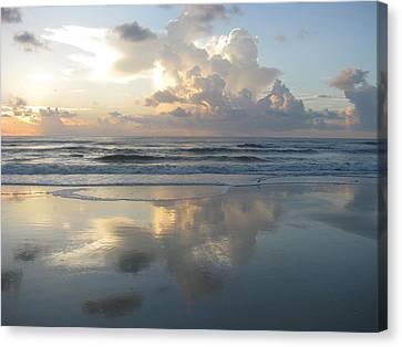 Beautiful Beach Sunrise Canvas Print