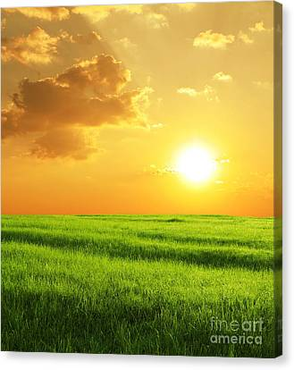 Beautiful Sunset Canvas Print by Boon Mee