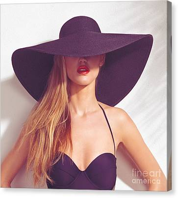 Beautiful Woman In Sunhat And Swimsuit Canvas Print