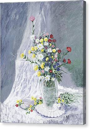 Beauty Is Within Canvas Print by Leo Gehrtz