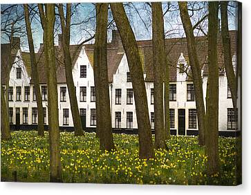 Beguinage Of Bruges Canvas Print by Juli Scalzi