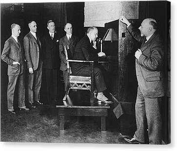 Bell Labs Talks To Hoover Canvas Print by Underwood Archives