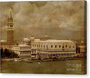 Bellissima Venezia Canvas Print by Lois Bryan