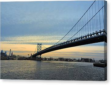 Benjamin Franklin Canvas Print - Benjamin Franklin Bridge At Sunset by Bill Cannon