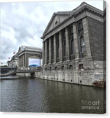 Berlin - Pergamon Museum - No.04 Canvas Print by Gregory Dyer