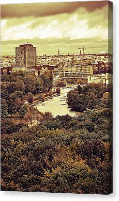 Berlin / View Canvas Print by Gynt