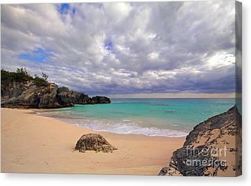 Bermuda Secret Beach Canvas Print by Charline Xia