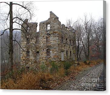 Canvas Print featuring the photograph Beverly Chapman's Mill by Jane Ford