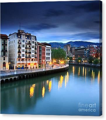 Canvas Print featuring the photograph Bilbao 2 by Mariusz Czajkowski