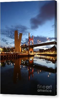 Bilbao 4 Canvas Print by Mariusz Czajkowski