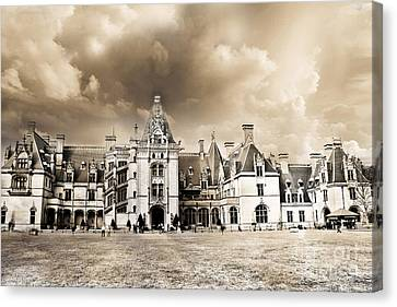 Biltmore Mansion Estate Architecture - Biltmore Estate Mansion Asheville North Carolina Canvas Print