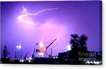 Captwolf96 Canvas Print - Biw Lightning by Donnie Freeman