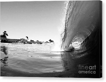 Black And White Santa Cruz Wave Canvas Print by Paul Topp