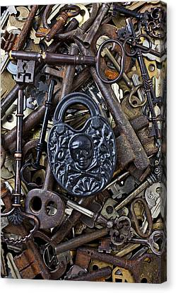 Black Skull And Bones Lock Canvas Print by Garry Gay