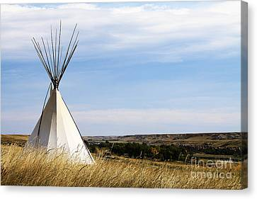 Canvas Print featuring the photograph Blackfoot Teepee by Alyce Taylor