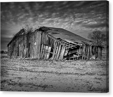 Blighted Barn 001 Bw Canvas Print by Lance Vaughn