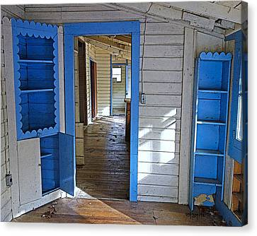 Abandoned Elkmont Cabin Old House Interior Canvas Print by Rebecca Korpita