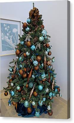 Canvas Print featuring the photograph Blue And Gold Xmas Tree by Richard Reeve