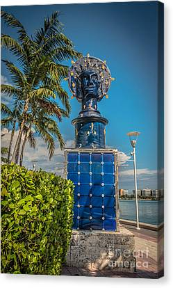 Blue Crown Statue Miami Downtown Canvas Print by Ian Monk