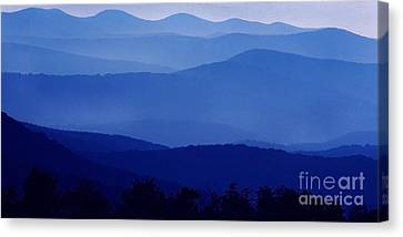 Blue Ridge Mountain Panoramic  Canvas Print by Thomas R Fletcher