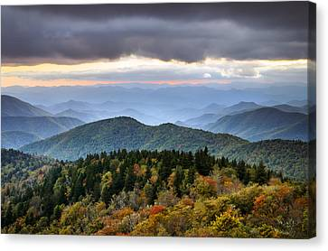 Blue Ridge Parkway Autumn Mountains Sunset Nc - Boundless Canvas Print by Dave Allen