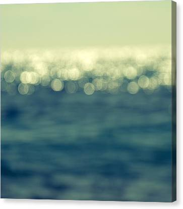 Blurred Light Canvas Print by Stelios Kleanthous