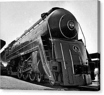 B&o Locomotive, cincinnatian Canvas Print by Underwood Archives