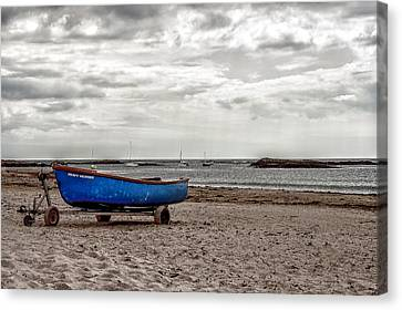 Boat On The Beach At Rhosneigr Anglesey Canvas Print