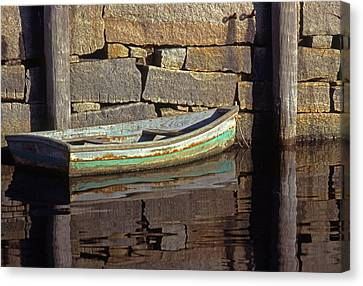 Boat Rockport Harbor Massachussetts Canvas Print by Tony Ramos