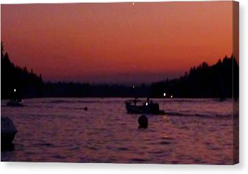Boaters Red Sky At Night Oregon Canvas Print by Susan Garren