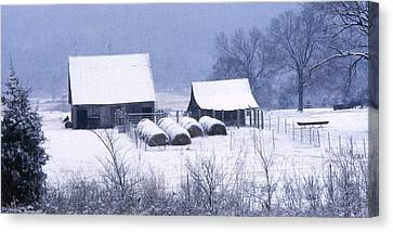 Bobby's Barn Canvas Print by Garry McMichael