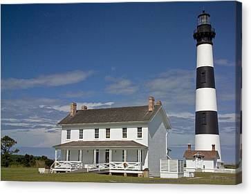 Canvas Print featuring the photograph Bodie Lighthouse Obx by Greg Reed
