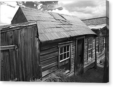 Canvas Print featuring the photograph Bodie Row House by Jim Snyder