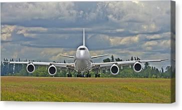 Boeing 747-800 Canvas Print
