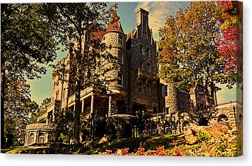 Boldt Castle 001 Canvas Print by George Bostian