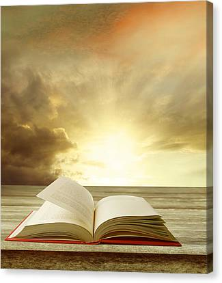 Book Canvas Print by Les Cunliffe