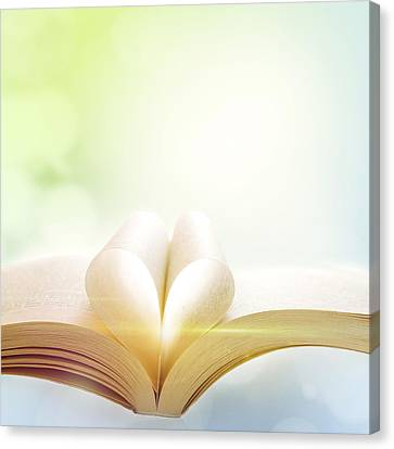 Booklight Canvas Print by Les Cunliffe
