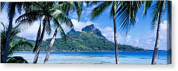 Bora Bora, Tahiti, Polynesia Canvas Print