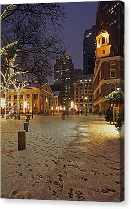 Boston Faneuil Hall And Quincy Market Canvas Print by Juergen Roth