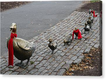 Boston Public Garden - Make Way For Ducklings Canvas Print by Juergen Roth
